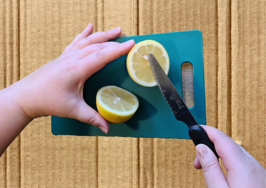 Skær og pres citron