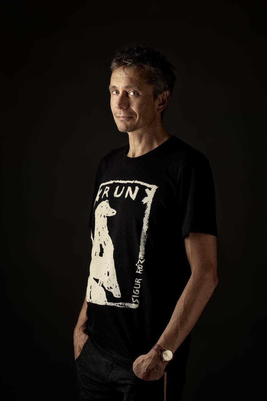 Søren R Fauth