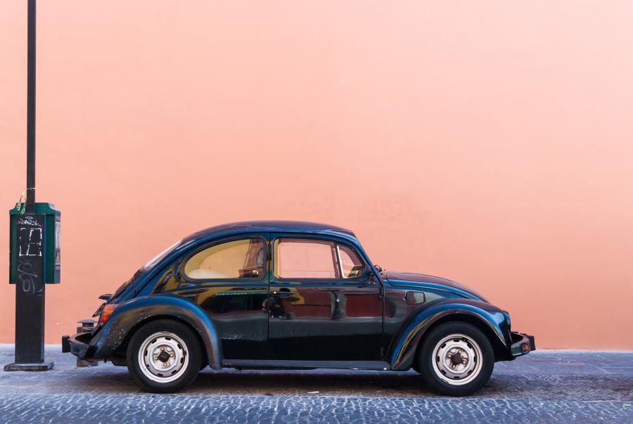 Bil af ældre model